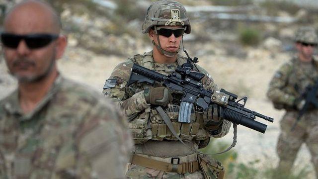 """""""Es hora de acabar la guerra más larga de EE.UU."""": Biden retirará tropas en Afganistán"""