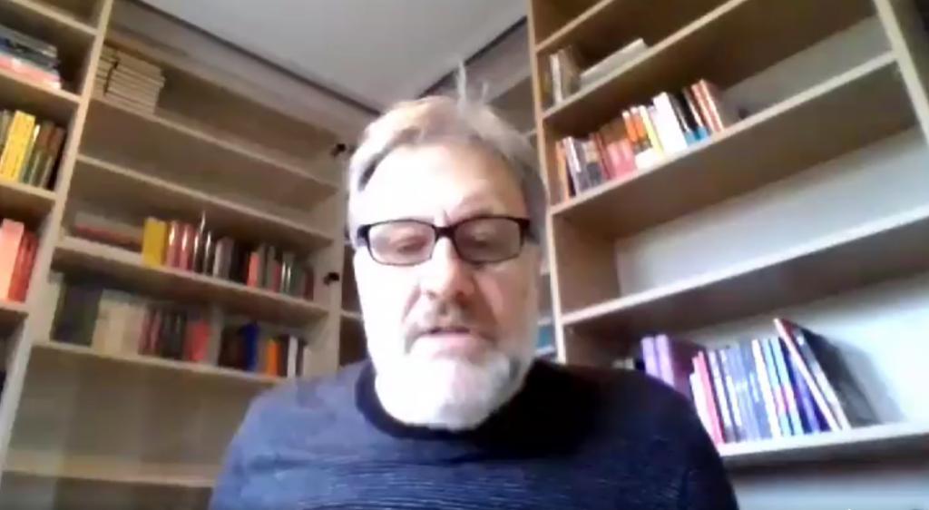 Zizek compara experiencia chilena con la comuna de París: «Ahora llega el momento de organizarse y hacer el trabajo duro»