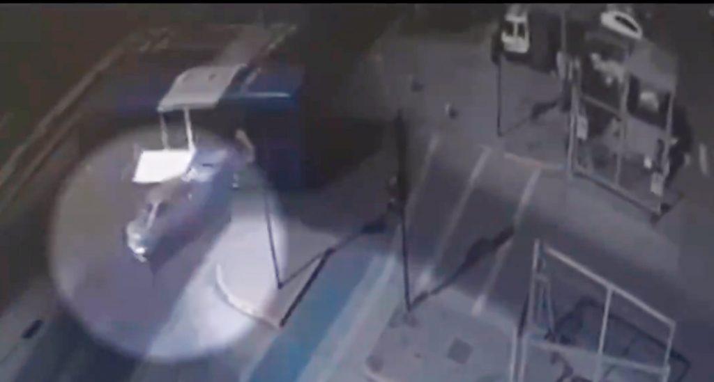 Accidente de tránsito deja dos fallecidos en La Pintana: Hombre y mujer embarazada huían tras balear a otra persona