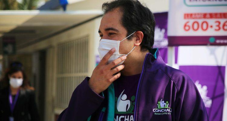 "Por ""notable abandono de deberes"": Concejales de Conchalí formulan 60 cargos por faltas administrativas contra René de la Vega"