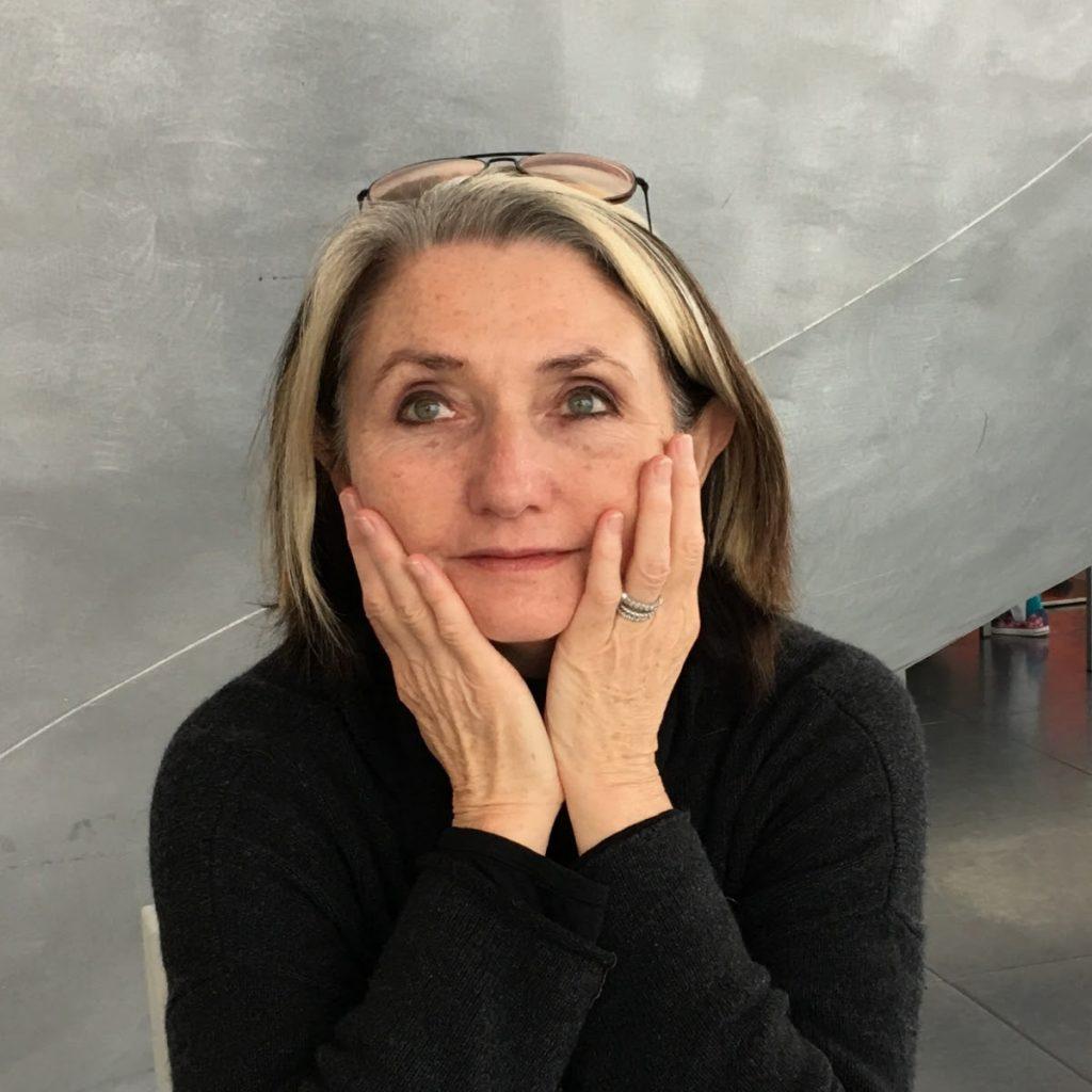 Diana Taylor, teórica del performance: «Lo mejor que ha pasado en Chile es que lleguen inmigrantes»