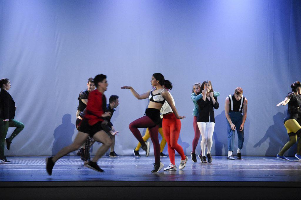 Mes de la danza: Revisa los cursos con que la Universidad de Chile promueve las prácticas dancísticas