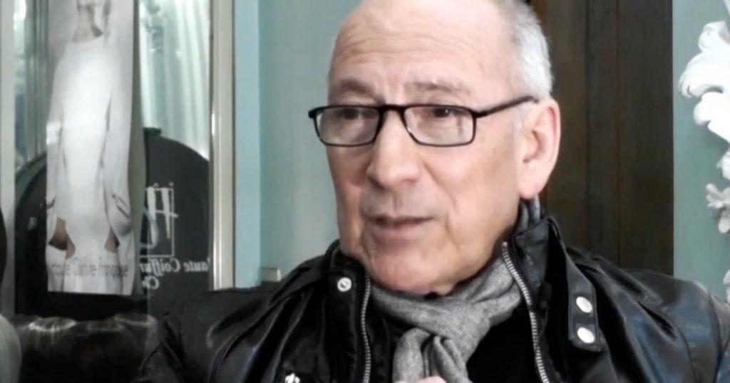 """Fallece de COVID-19 el estilista Patricio Araya, parte de la obra """"Orquesta de Señoritas"""", donde se contagió Tomás Vidiella"""