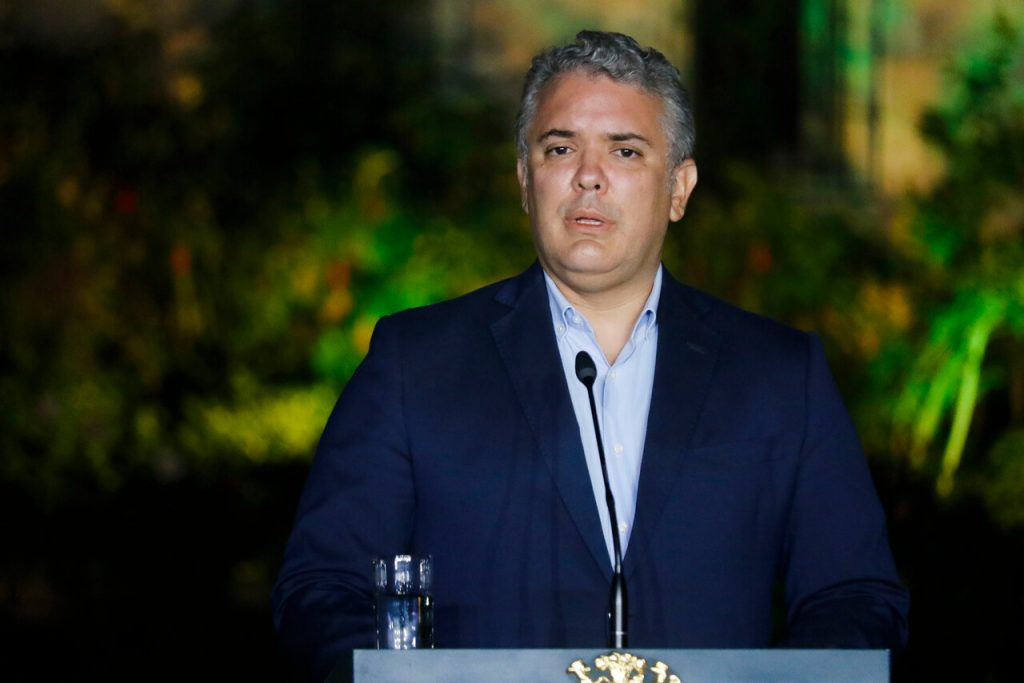 Tras cuatro días de protestas: Presidente de Colombia retira polémico proyecto de reforma tributaria