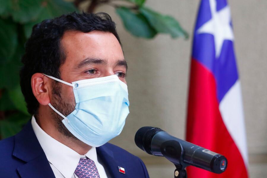 Sebastián Villarreal, yerno de Cristián Larroulet, renunció a su cargo de subsecretario de Servicios Sociales