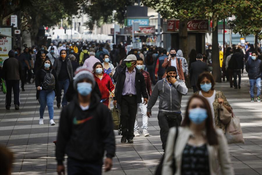 Número de morosos en Chile baja por tercera vez consecutiva: 565 mil personas salieron del registro en el último año