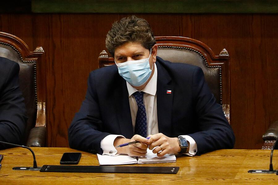 """Ministro Cerda sobre royalty minero: """"Si no logramos acuerdos, tenemos que ir al Tribunal Constitucional"""""""
