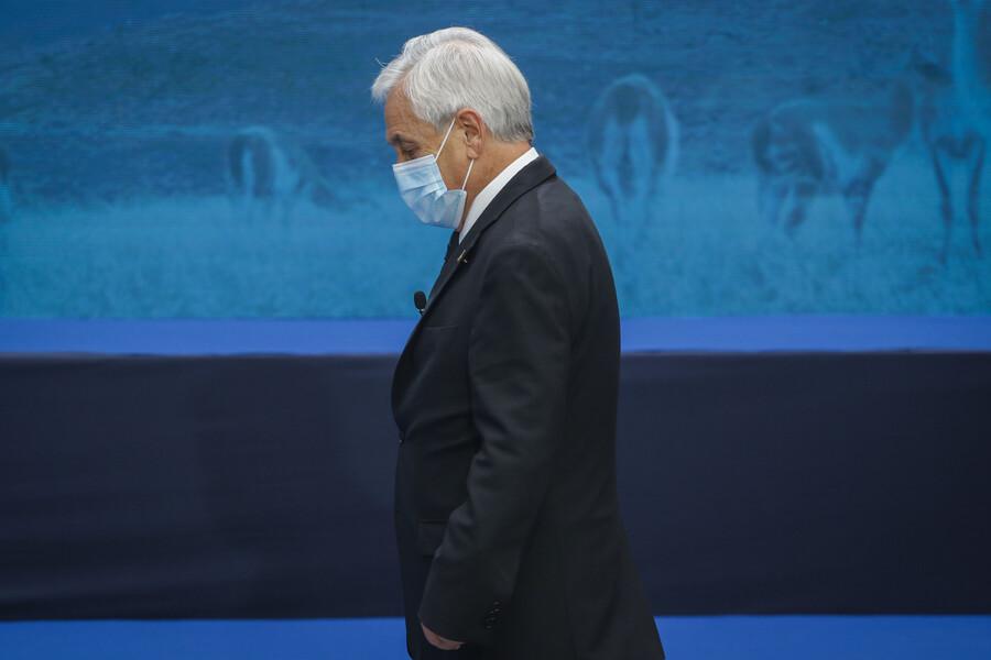 """""""No sé qué espera"""": Parlamentarios emplazan a Piñera a que promulgue ley de feriado irrenunciable para elecciones"""