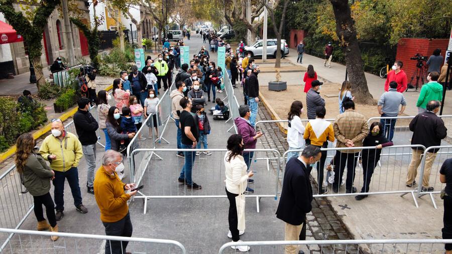 🔴 SEÑAL EN VIVO| #Elecciones2021CL por El Desconcierto: Sigue en directo todos los detalles de este histórico día