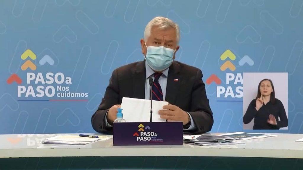 La fallida proyección del ministro Paris: Anticipó menos de la mitad de casos COVID-19 previo a elecciones