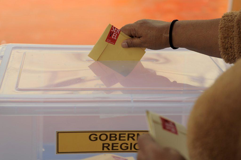 #Elecciones2021CL por El Desconcierto: Con el cierre de mesas culmina la primera jornada
