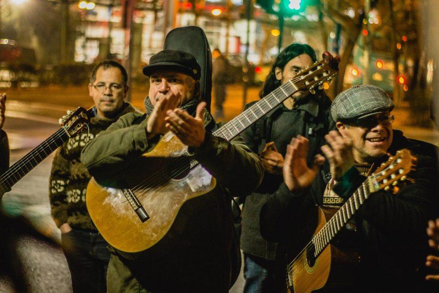 Una canción para Schwenke: Invitan a componer una canción para el destacado cantautor valdiviano