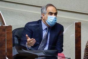 """Chahuán tras advertencia de Sichel por proyecto del 10%: """"El candidato no influye en negociaciones parlamentarias"""""""