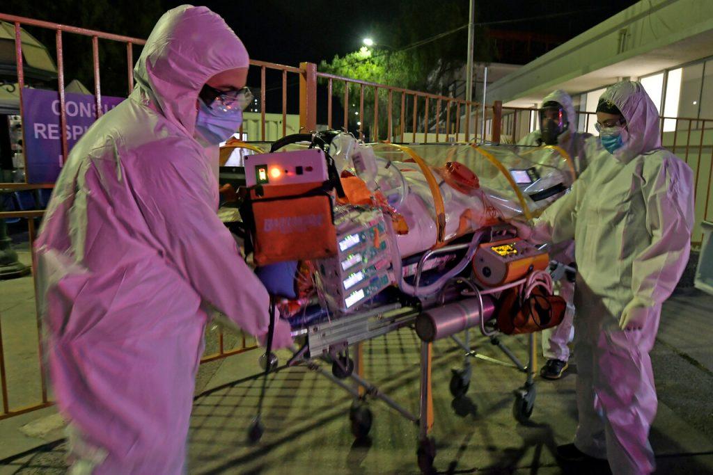 Reporte COVID-19 extrema sus cifras este viernes: Casi 8.000 casos nuevos y sobre 130 fallecidos