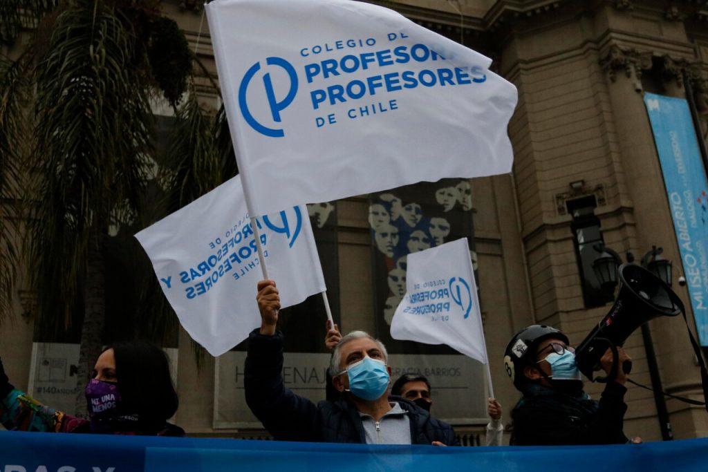 "VIDEO| Colegio de Profesores e idea de ministro Figueroa de abrir colegios en cuarentena: ""Nos parece absolutamente criminal"""