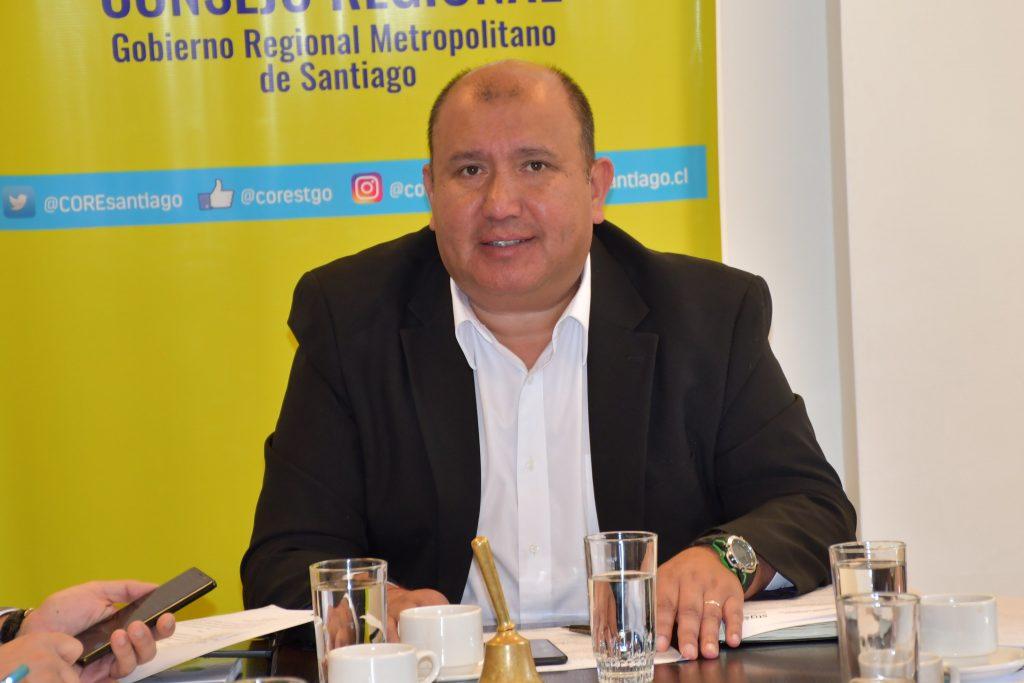 """Habla denunciante de acoso sexual de ex core UDI Carlos Norambuena: """"No soy la única víctima"""""""