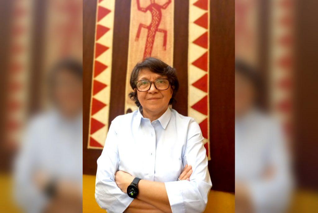 """Elisa Araya, primera rectora de la UMCE: """"La educación neoliberal, de competencia, estandarizada, no sirve"""""""