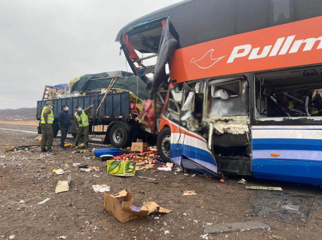 Tragedia carretera en Chañaral: Sube a siete las víctimas fatales tras accidente de bus de dos pisos
