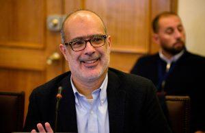Firma china concreta compra de CGE y ex ministro Rodrigo Valdés se integrará al directorio