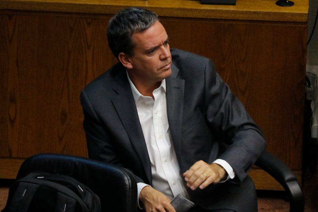 Constituyentes: Estudio asegura que Felipe Harboe (PPD) es el que menos ha votado