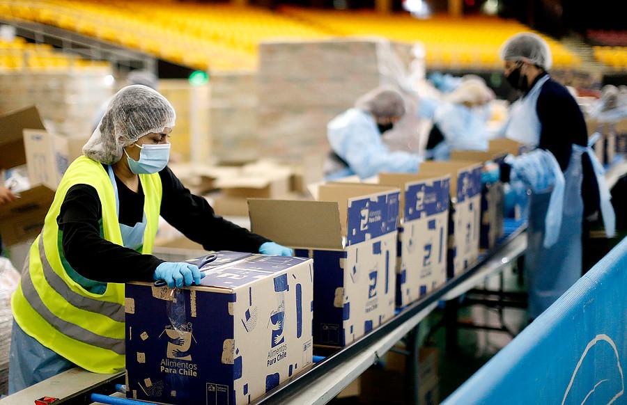 Mayor carga en el hogar y menos participación laboral: Los efectos de la pandemia en el trabajo femenino
