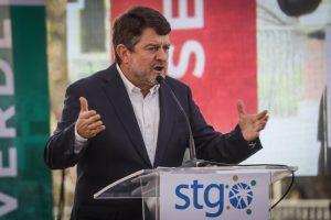Claudio Orrego asume como gobernador de la Región Metropolitana: Buscará garantizar la seguridad de la Convención