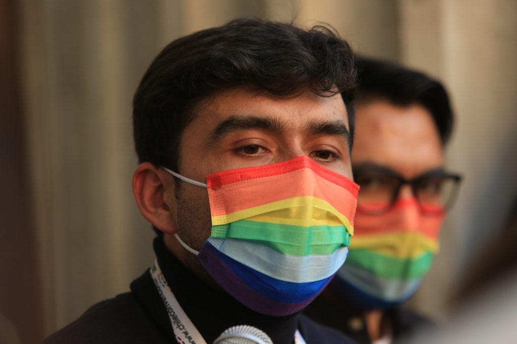 Movilh destacó que dirigentes LGBTIQ+ asumieran vicepresidencias en la Convención Constitucional