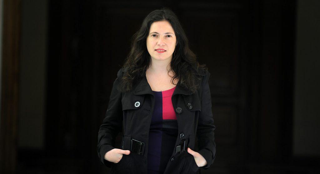 Javiera Olivares, ex presidenta del Colegio de Periodistas: «La diversidad medial es un derecho básico en toda democracia, si no, el debate público se empobrece»