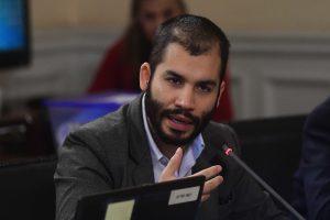 Renato Garín denuncia a Rodrigo Logan ante la Comisión de Ética de la Convención