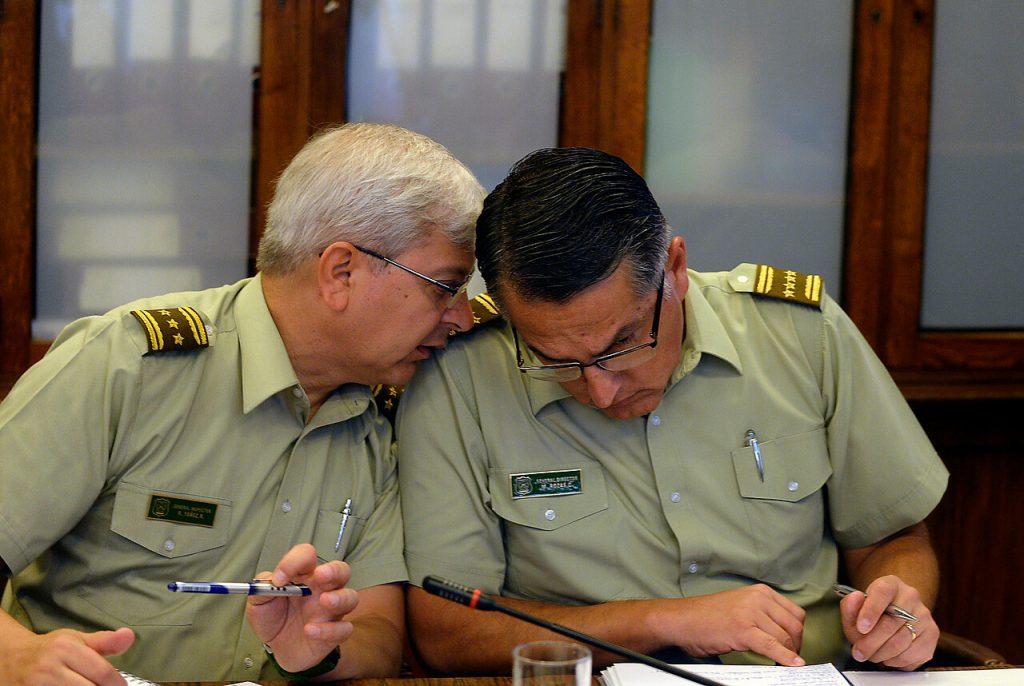 Estallido Social: Amnistía Internacional pide investigar a generales Mario Rozas y Ricardo Yáñez por violaciones a los DD.HH.