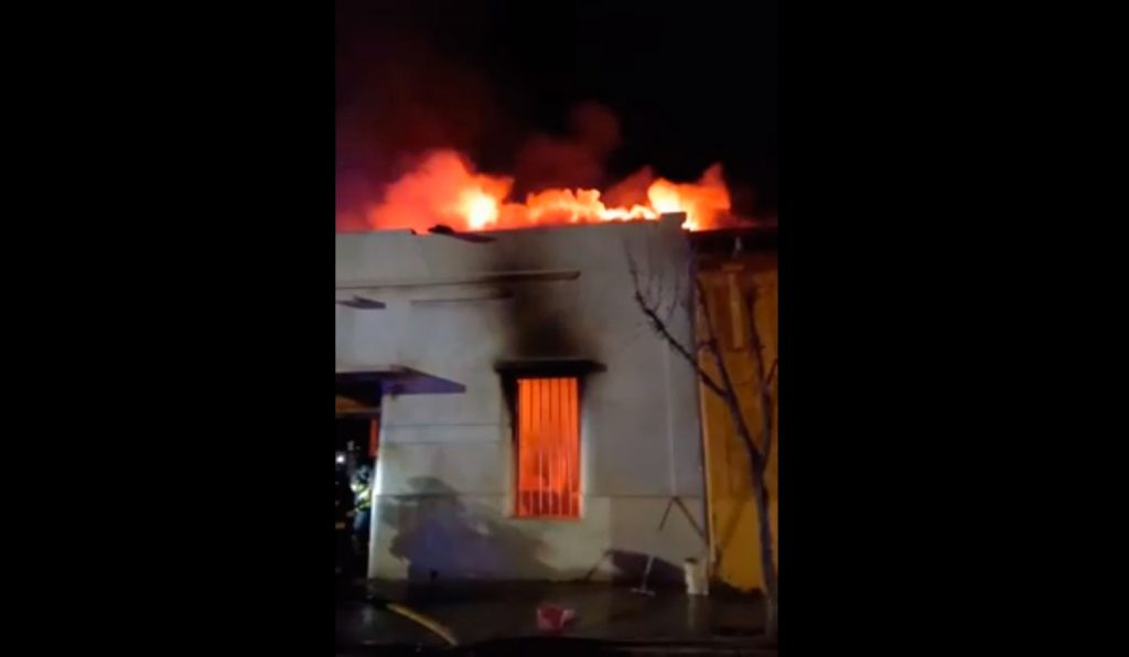 VIDEO  Tragedia en San Felipe: Seis adultos mayores fallecen en incendio que afectó a hogar de acogida