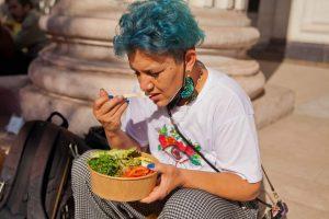 HUMOR  La comida de constituyentes, Marcela Cubillos y los privilegios