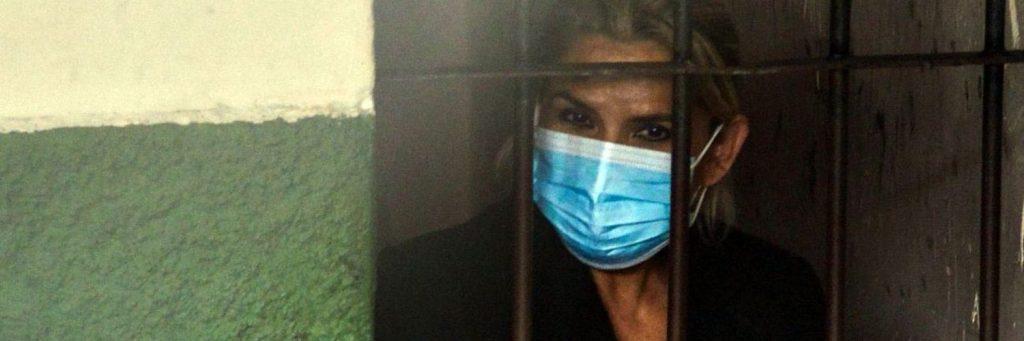 Justicia boliviana amplía por seis meses más la detención preventiva de Jeanine Áñez