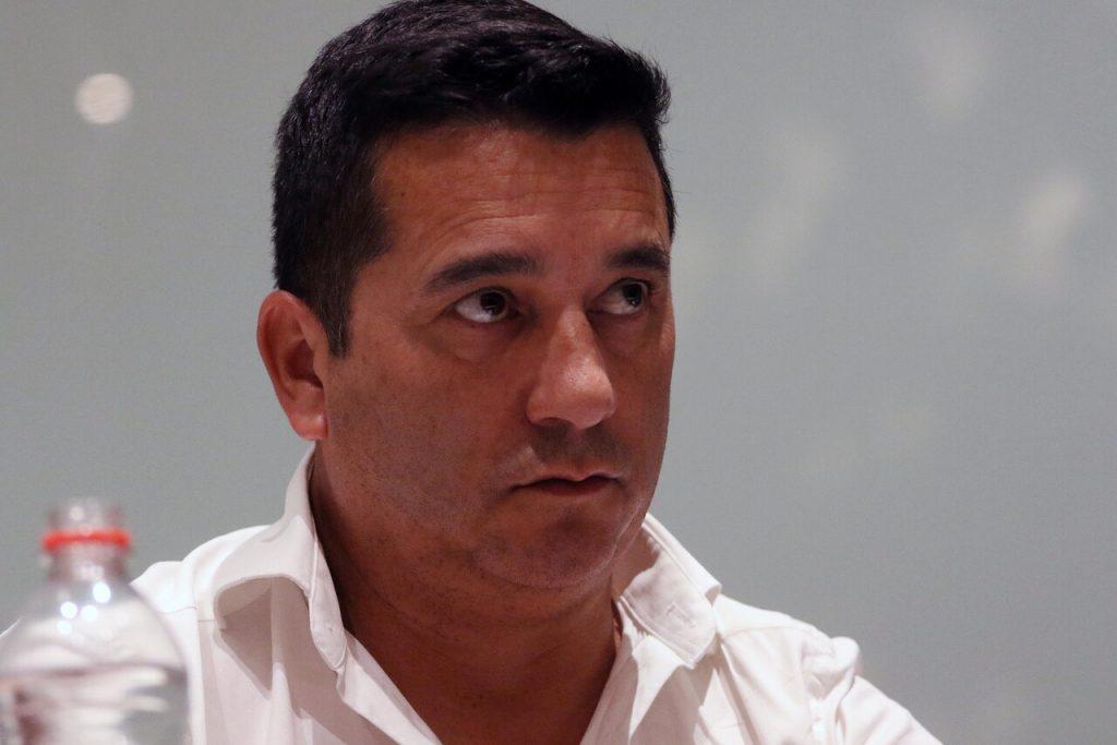 La Lista del Pueblo oficializa a Cristián Cuevas como candidato presidencial: «Ha sido capaz de renunciar a sus privilegios»