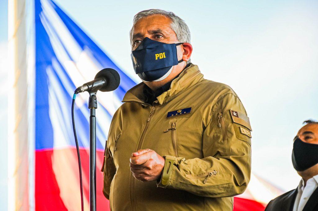 Formalizan a exdirector de la PDI, Héctor Espinosa, por apropiación de gastos reservados