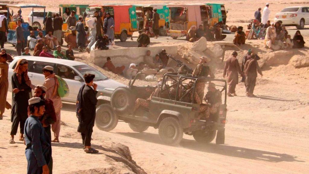 Movilh solicita a Cancillería que otorgue salvoconductos a afganos LGBTIQ+ para ingresar a Chile