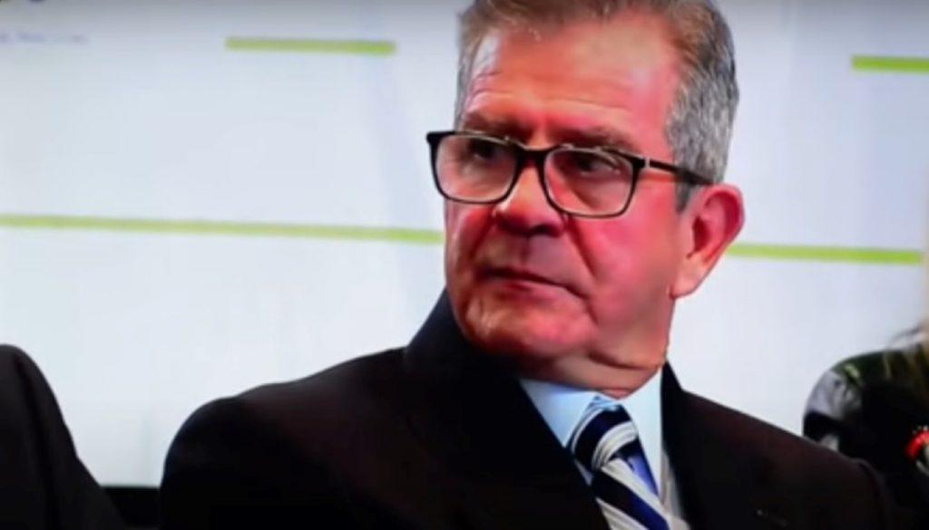 Colombia: Fiscalía imputará a ex jefe del Ejército por 104 ejecuciones extrajudiciales