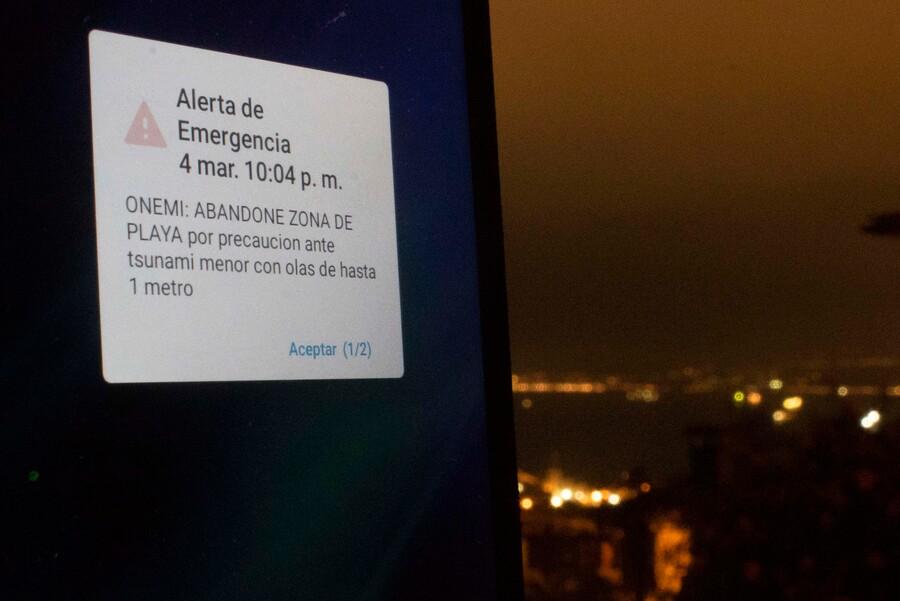 Sistema de Alerta de Emergencias en celulares: Las comunas de Santiago donde se probará