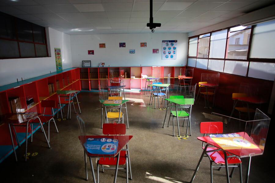 El lunes inicia vacunación de niños y niñas de 6 a 11 años en colegios