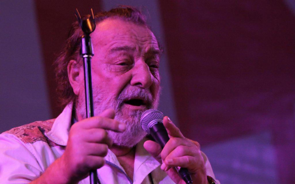 Confirman que velatorio de Patricio Manns será en el Teatro Nacional Chileno de Santiago