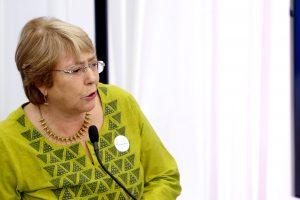 """Michelle Bachelet pide revisión """"crítica"""" del impacto de sanciones unilaterales en DD.HH."""
