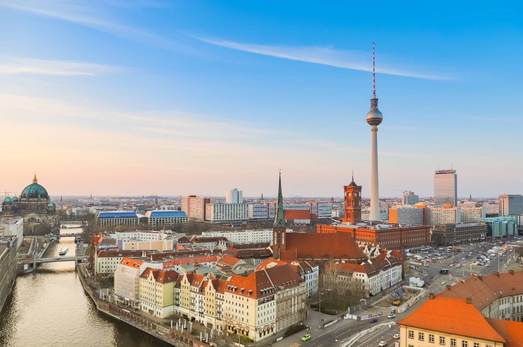 Berlín: Aprueban referéndum sobre expropiación de viviendas en manos de grandes empresas