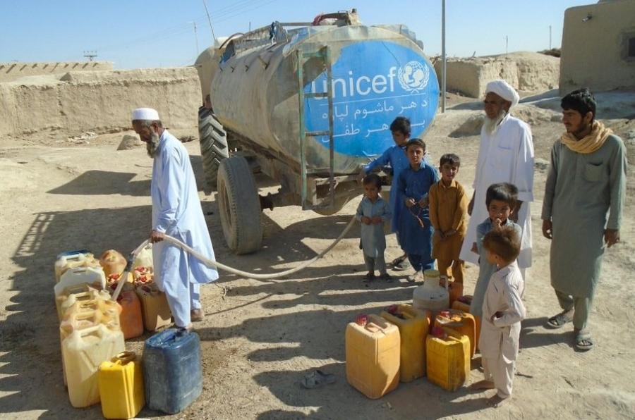 La ONU pide trabajar con los talibanes para salvar a Afganistán del desastre