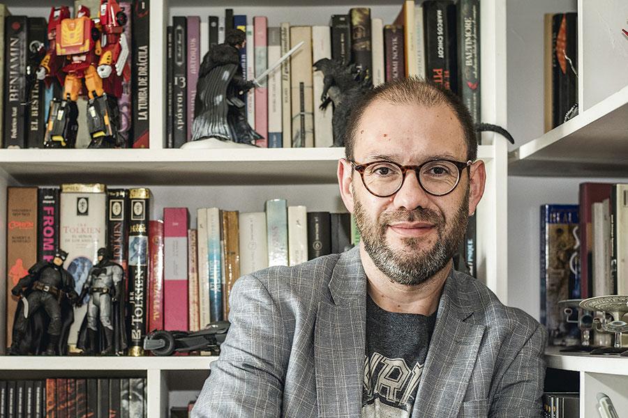 Novela conspiranoica de marcado sesgo machista: «Próximos días» de Francisco Ortega