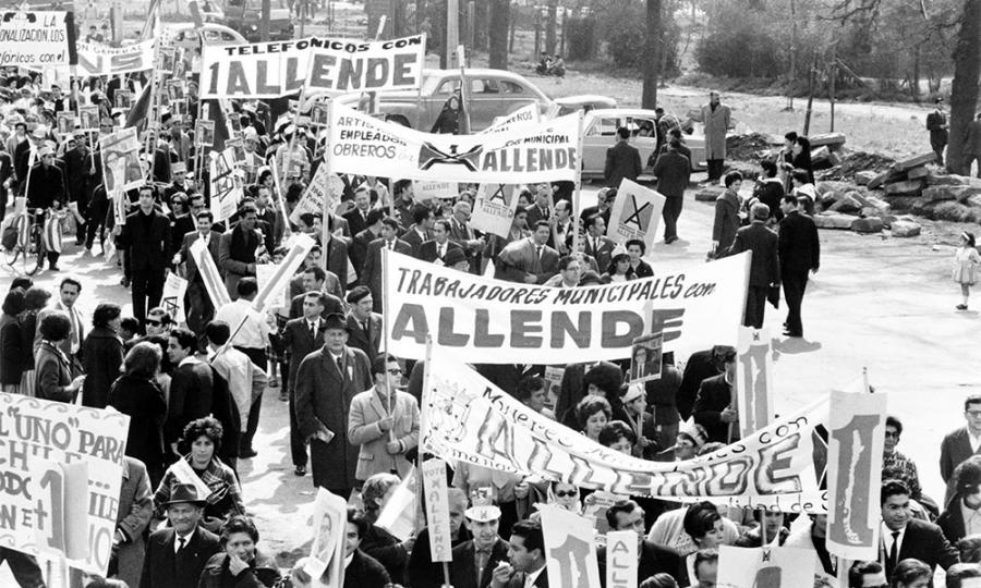 Cobardía, censura o política: ¿Por qué TVN nunca mostró «La Batalla de Chile»?