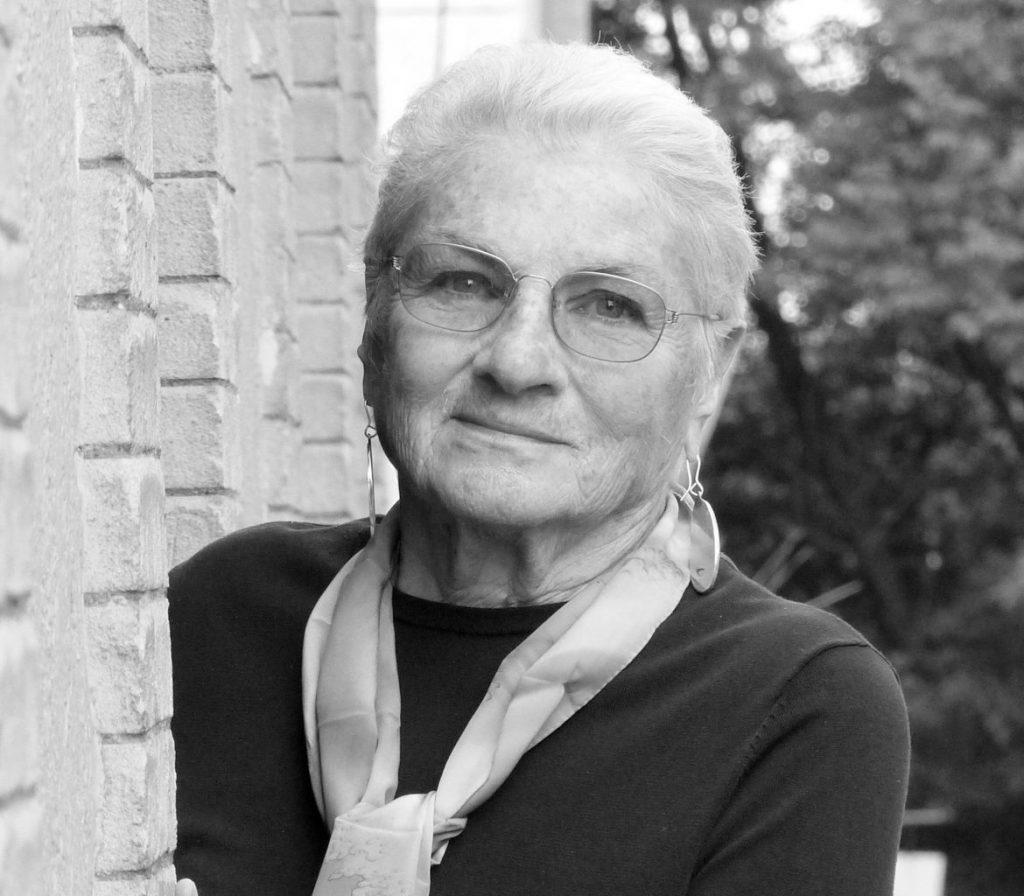 Margaret Randall: Estadounidense y revolucionaria publica por primera vez en Chile