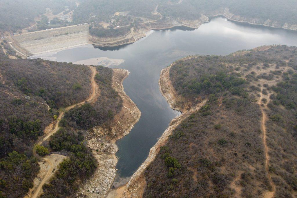 Embalse Los Aromos reinició su recarga tras intervención de la Dirección General de Aguas