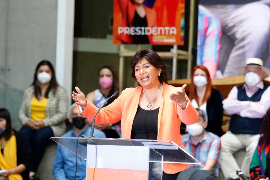 Reforma tributaria, salud y enfoque de género: Yasna Provoste lanza programa de gobierno