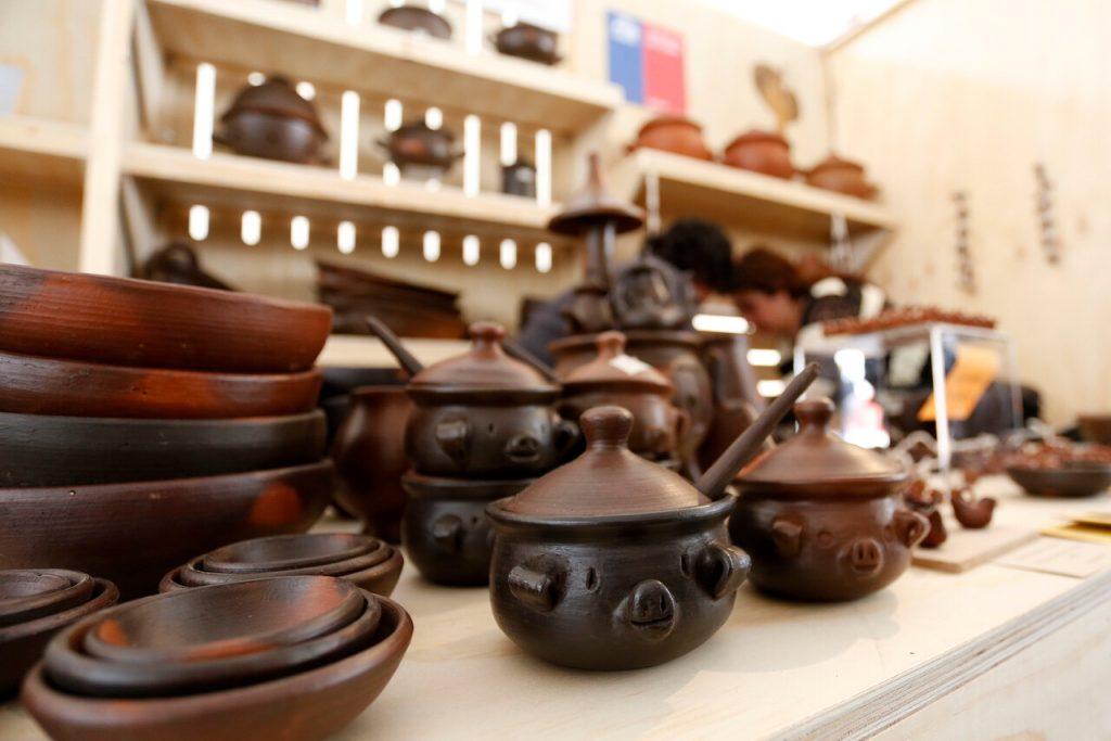 Denuncian que en Pomaire se instalará un mall chino que afectará a artesanos locales